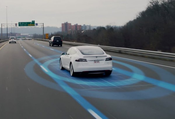 Décès d'un conducteur d'une Tesla autonome